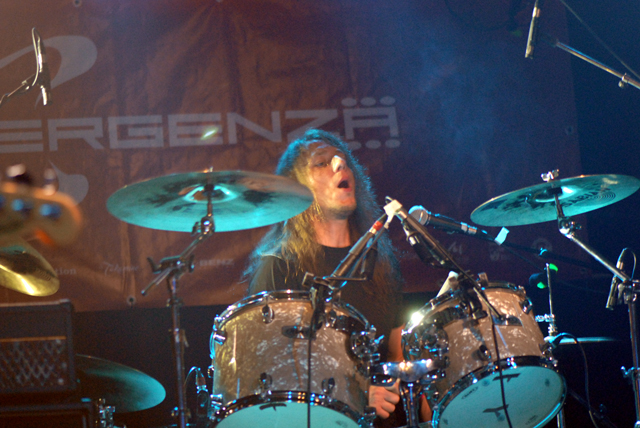 Ronny an den Drums