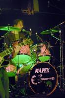 Ronny am Schlagzeug